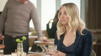 Priceline.com TV Spot, 'Choked Up' Featuring Kaley Cuoco - Thumbnail 10