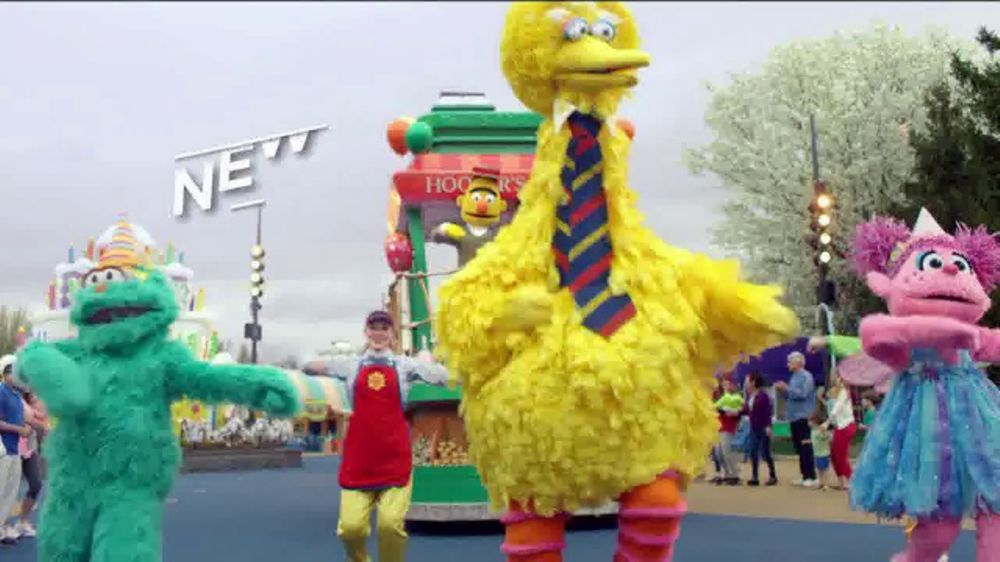 SeaWorld TV Commercial, 'Sesame Street Party Parade'