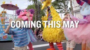 SeaWorld TV Spot, 'Sesame Street Party Parade' - Thumbnail 5