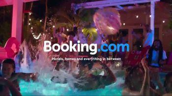 Booking.com TV Spot, 'Just Book It' - Thumbnail 10