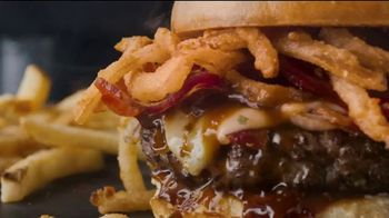 Applebee's Whisky Bacon Burger TV Spot, 'Whiskey' Song by Frankie Ballard - Thumbnail 7