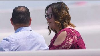 2018 Chevy Equinox TV Spot, 'La confiabilidad importa: mesa' [Spanish] [T2] - Thumbnail 3