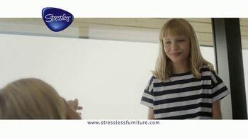 Ekornes Stressless TV Spot, 'Understand' - Thumbnail 7