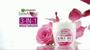 Garnier SkinActive 3-In-1 Moisturizer TV Spot, 'Discover the Moisturizer' - Thumbnail 4