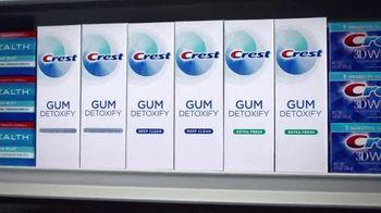 Crest Gum Detoxify TV Spot, 'Irritated Gums and Bacteria' - Thumbnail 8