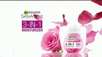 Garnier 3-in-1 Moisturizer TV Spot, 'Uno que funciona' [Spanish] - Thumbnail 4