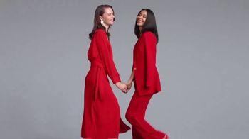 Macy's Venta Viste de Rojo TV Spot, 'Vístete de rojo' [Spanish] - Thumbnail 5