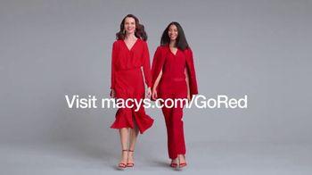Macy's Venta Viste de Rojo TV Spot, 'Vístete de rojo' [Spanish] - Thumbnail 9