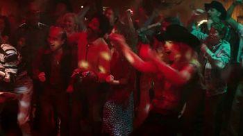 KFC Smoky Mountain BBQ TV Spot, 'Honky Tonk' Featuring Reba McEntire - Thumbnail 8