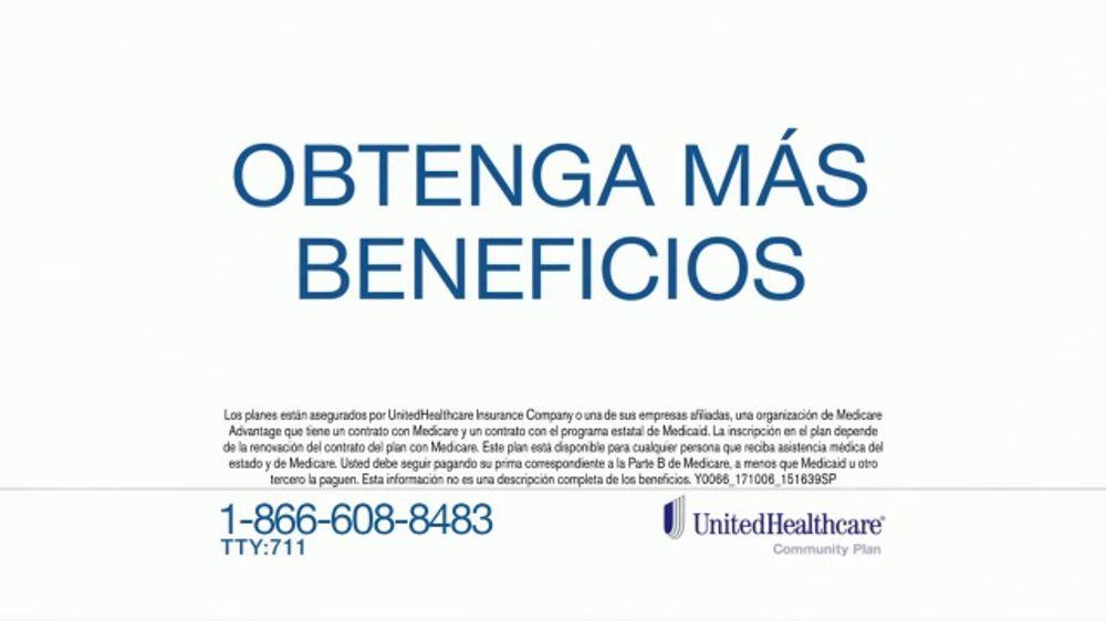 UnitedHealthcare Dual Complete TV Commercial, 'Obtenga m??s beneficios'