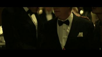 Taco Bell $1 Nacho Fries TV Spot, 'Web of Lies' con Josh Duhamel [Spanish] - Thumbnail 6