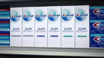 Crest Gum Detoxify TV Spot, 'Irritated Gums' - Thumbnail 9