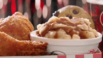 KFC TV Spot, 'Tuning' Featuring Reba McEntire - Thumbnail 5