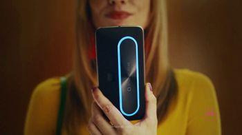Motorola Smart Speaker With Amazon Alexa TV Spot, 'Elevator: Funky Place' - Thumbnail 4