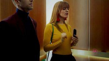 Motorola Smart Speaker With Amazon Alexa TV Spot, 'Elevator: Funky Place' - Thumbnail 7
