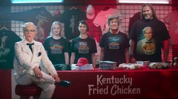 KFC $10 Chicken Shares TV Spot, \'Merch Table\' Featuring Reba McEntire