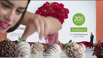 ProFlowers Perfectly Paired Collection TV Spot, 'Think Inside the Box' - Thumbnail 5
