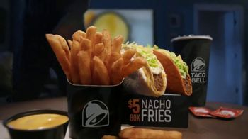 Taco Bell Nacho Fries $5 Box TV Spot, 'Mentiras' con Josh Duhamel [Spanish] - Thumbnail 7