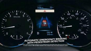 Nissan Rogue TV Spot, 'Car Buying Season' Featuring Tim Tebow [T1] - Thumbnail 4