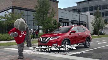 Nissan Rogue TV Spot, 'Car Buying Season' Featuring Tim Tebow [T1] - Thumbnail 5