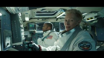 Lyft TV Spot, 'Riding Shotgun' Featuring Tilda Swinton, Jordan Peele - Thumbnail 7