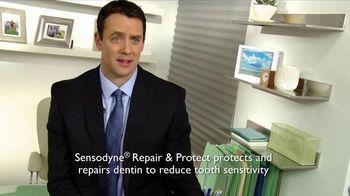 Sensodyne Whitening Repair & Protect TV Spot, 'Reception' - Thumbnail 3