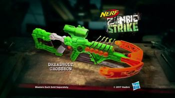Nerf Zombie Strike Dreadbolt TV Spot, 'Cable Guys' - Thumbnail 10