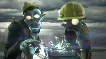 Nerf Zombie Strike Dreadbolt TV Spot, 'Cable Guys' - Thumbnail 2