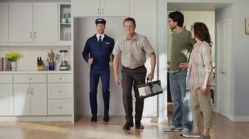 Maytag TV Spot, 'Delivery' Featuring Colin Ferguson - Thumbnail 8