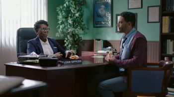 Dunkin' Donuts Bacon, Egg & Cheese Croissant TV Spot, 'Save the Day' - Thumbnail 4