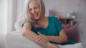 Gold Bond Ultimate Strength & Resilience TV Spot, 'Stronger With Age' - Thumbnail 7