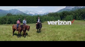 Verizon Unlimited TV Spot, 'Horse: Four Lines' Featuring Thomas Middleditch - Thumbnail 5