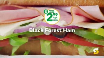Subway $2.99 Fresh Value Menu TV Spot, 'A Deal' Song by Leroy Van Dyke - Thumbnail 4