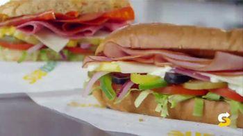 Subway $2.99 Fresh Value Menu TV Spot, 'A Deal' Song by Leroy Van Dyke - Thumbnail 8