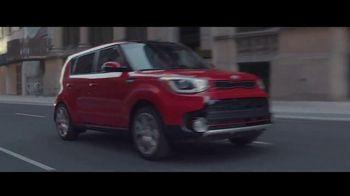 Otoño de Ahorros de Kia TV Spot, 'Hámster turbo: 2017 Soul Turbo' [Spanish] [T1] - Thumbnail 6