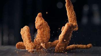 McDonald's Buttermilk Crispy Tenders TV Spot, 'Cena de la abuela' [Spanish] - Thumbnail 9