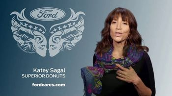 Ford Warriors in Pink TV Spot, 'Superior Support' Featuring Katey Sagal - Thumbnail 3