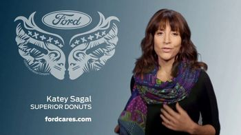 Ford Warriors in Pink TV Spot, 'Superior Support' Featuring Katey Sagal - Thumbnail 4