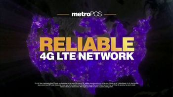 MetroPCS Unlimited 4G LTE TV Spot, 'Unlimited Deal: Two 32GB Phones' - Thumbnail 8