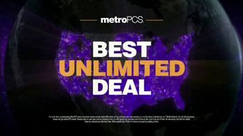 MetroPCS Unlimited 4G LTE TV Spot, 'Unlimited Deal: Two 32GB Phones' - Thumbnail 7