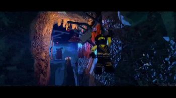 The LEGO Ninjago Movie Video Game TV Spot, 'Huddle' - Thumbnail 6