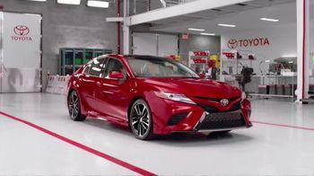 2018 Toyota Camry XSE TV Spot, 'Blimp' Featuring Eli Manning [T1] - Thumbnail 1