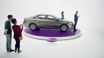 Cars.com TV Spot, 'Complimentary Donuts' - Thumbnail 2