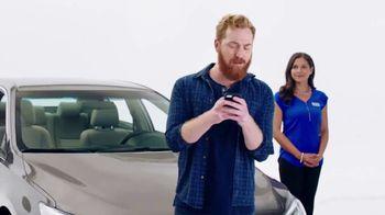 Cars.com TV Spot, 'Complimentary Donuts' - Thumbnail 4
