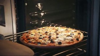 Papa Murphy's Pizza Signature Papa's All Meat TV Spot, 'Law of Un-Baked' - Thumbnail 5