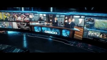 DIRECTV NFL Sunday Ticket Max TV Spot, 'All New Level' - Thumbnail 5