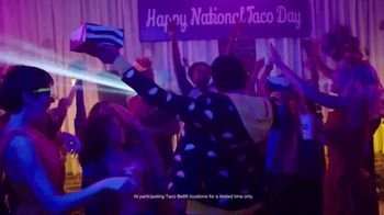 Taco Bell National Taco Day TV Spot, 'Season Beefings' Song by Cut One - Thumbnail 9