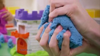 Kinetic Sand Magic Molding Tower TV Spot, 'Give It a Squish' - Thumbnail 3