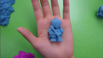 Kinetic Sand Magic Molding Tower TV Spot, 'Give It a Squish' - Thumbnail 7