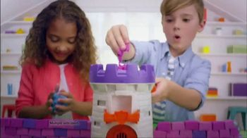 Kinetic Sand Magic Molding Tower TV Spot, 'Give It a Squish' - Thumbnail 9